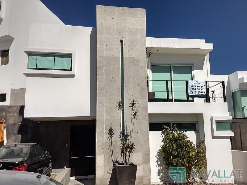 Savallat bienes raices casa en renta en juriquilla for Casas modernas juriquilla queretaro
